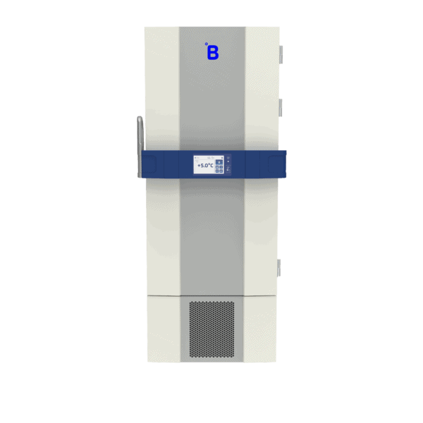 Laboratory refrigerator L500 front with door closed